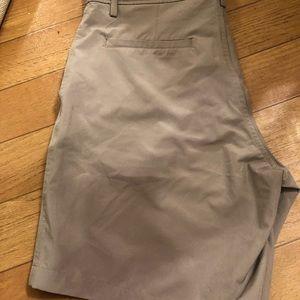 32 degrees Hybrid  Shorts sz34